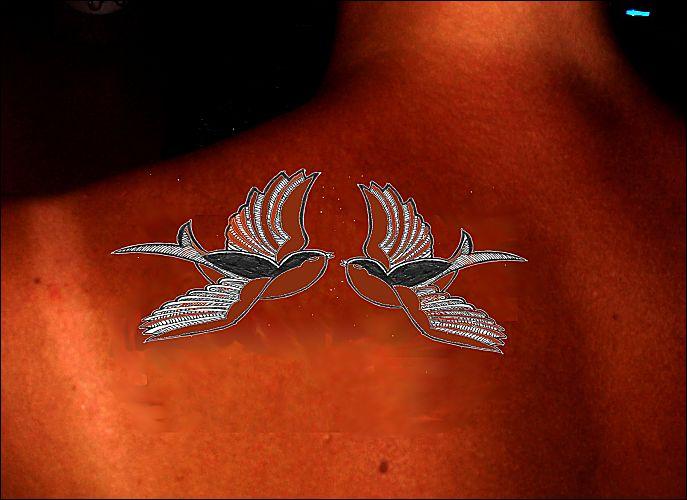 henné tatouage pour le dos -deux oiseaux